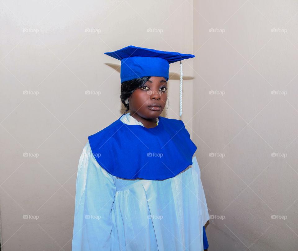 🇭🇹🇭🇹🇭🇹 Haitian_graduation_woman_student_diploma_academy_color_blue_whrite_portrait_dream_
