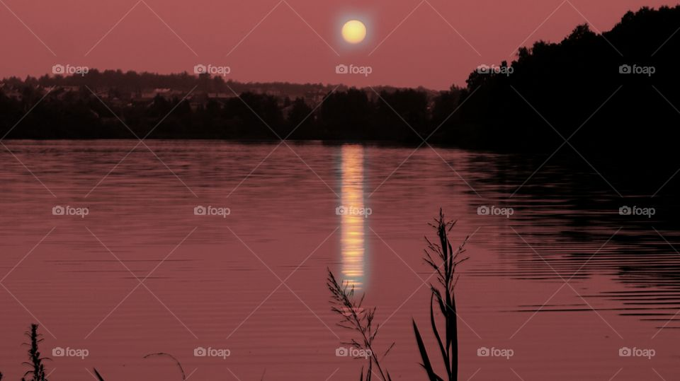 Reflection of moonlight on lake
