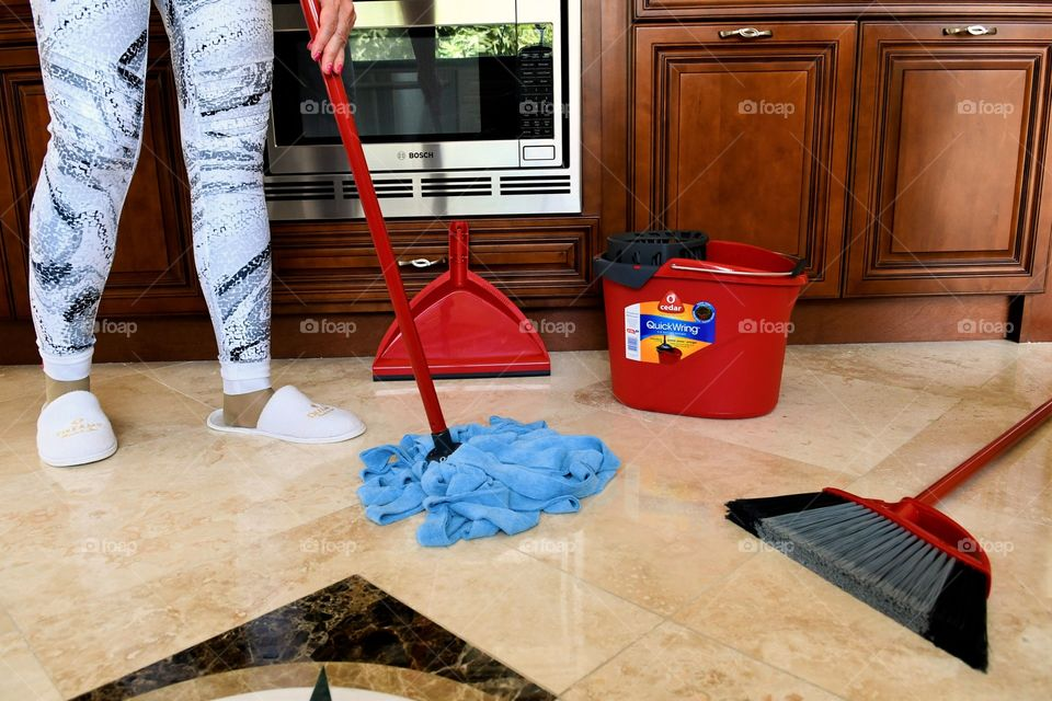 Cleaning kitchen floors
