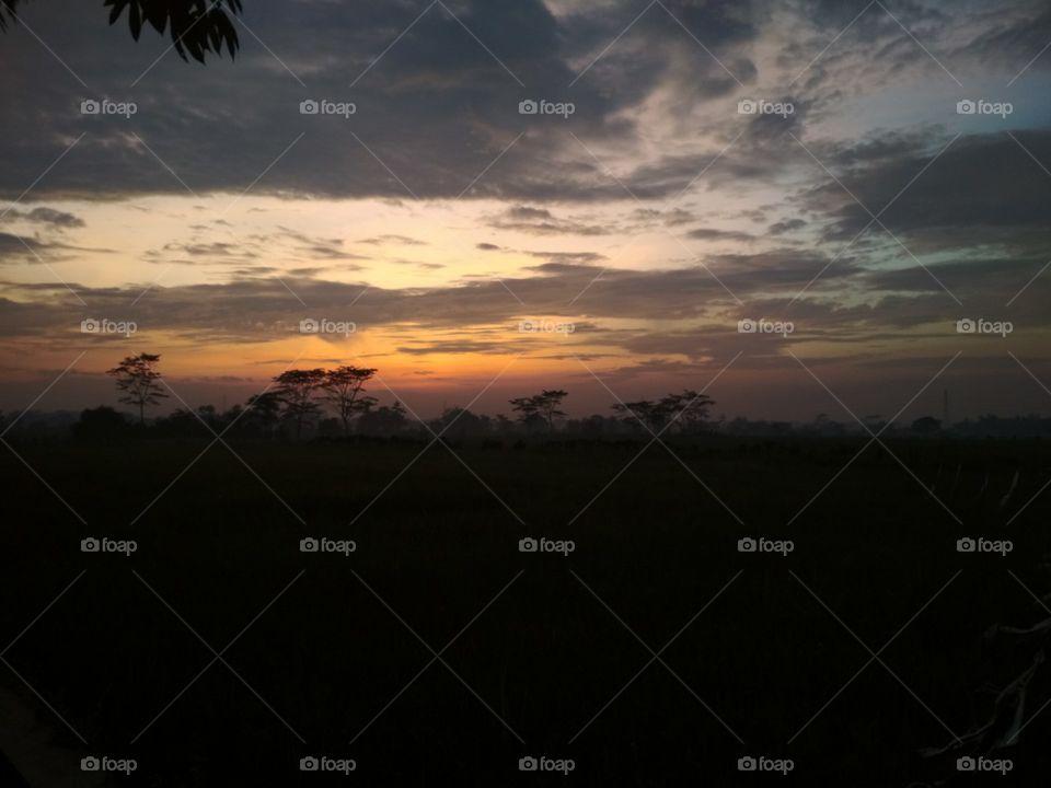 Foapcom Indahnya Pemandangan Di Pagi Hari Yang Sangat