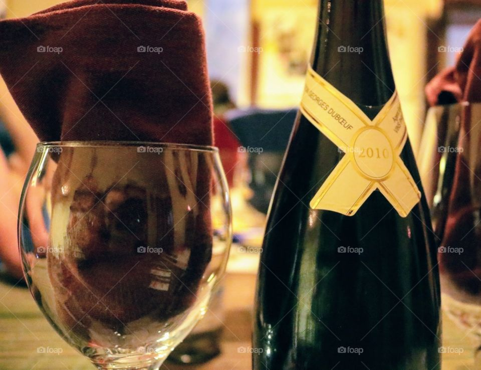 2010 wine bottle