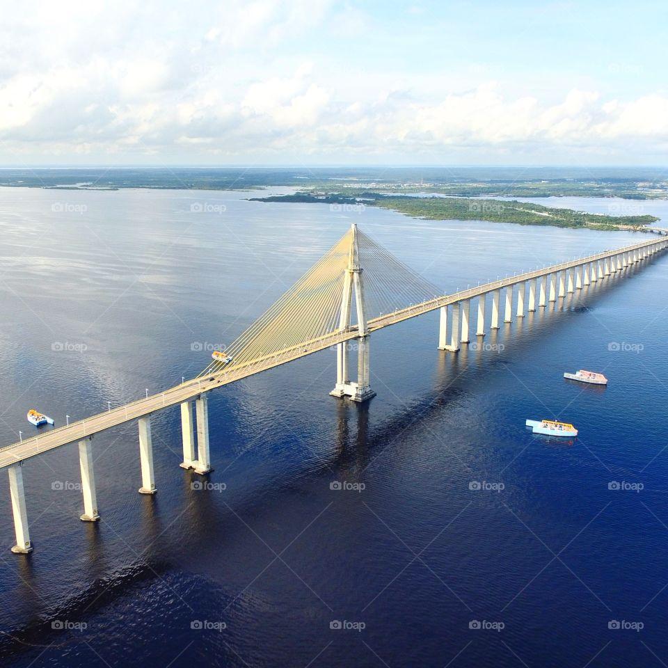 Ponte sobre Rio Negro em manaus
