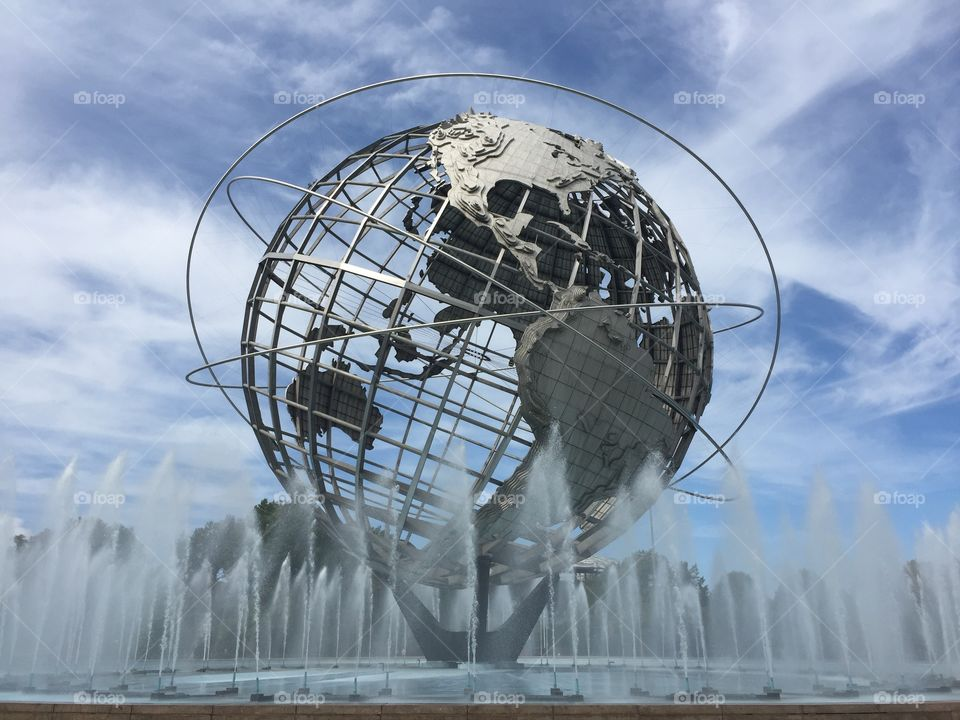 """Unisphere . 700,000 stainless steal earth representation  ;symbolizing """"peace through understanding"""" in celebration  1964-1965"""