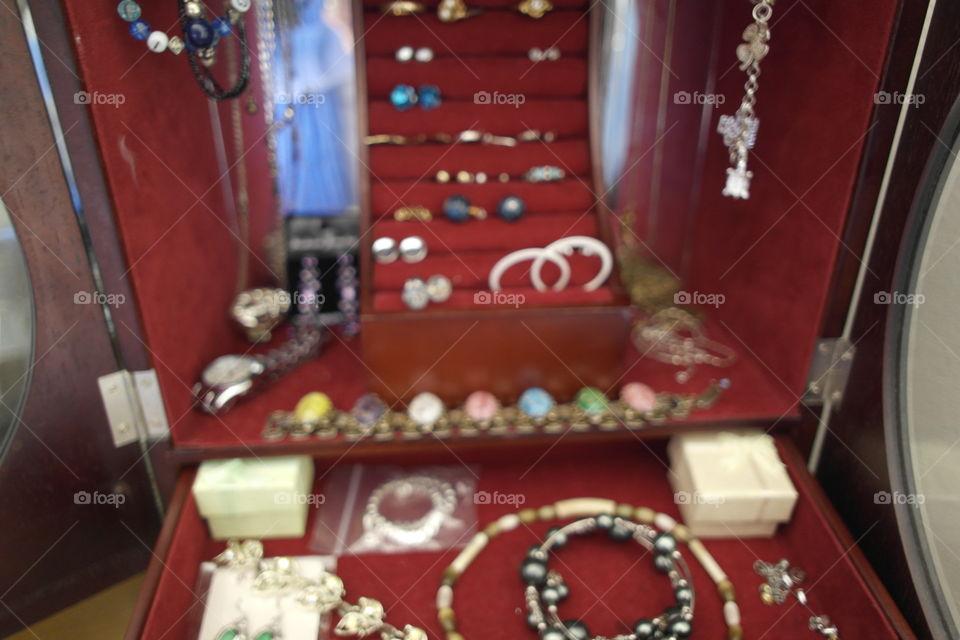 Blurry jewelry box