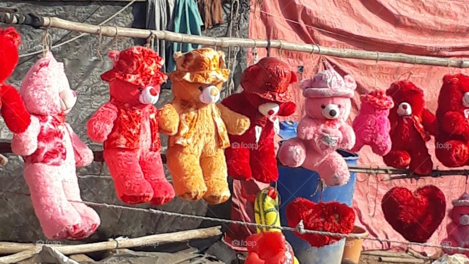 swinging teddies