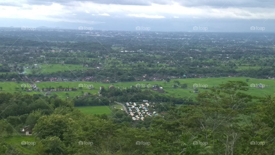 the hill where tourists can see the view of the dome house of Teletubbies Village from the top of the hill.
