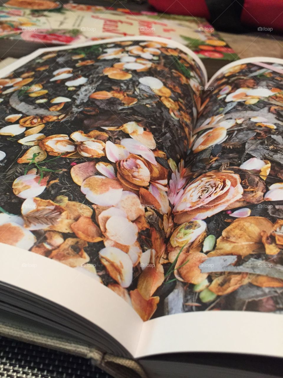 Coffee books && flowers