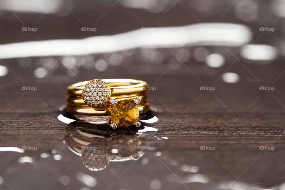 Fine Jewelry - Yellow gold rings with diamonds & gemstones