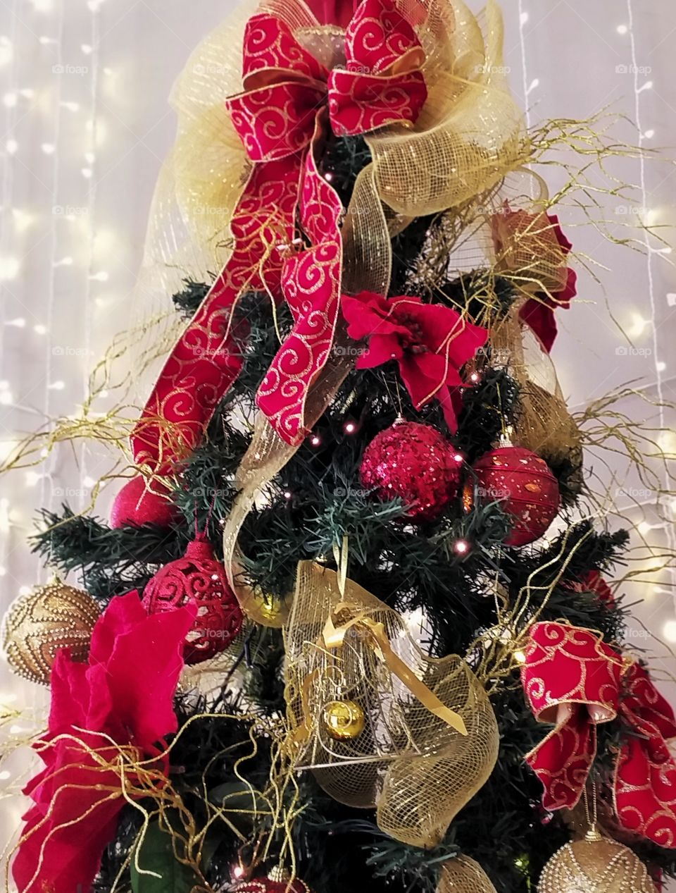 Classic red Christmas tree decoration