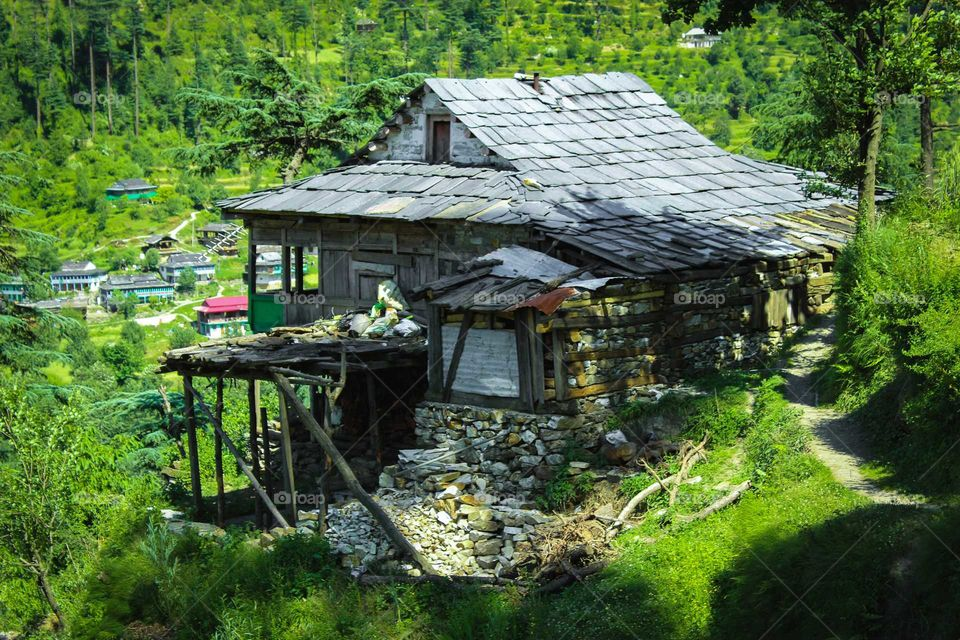 Live like Locals in there village home close to Nature. Photo take in Jibhi Himachal Pradesh