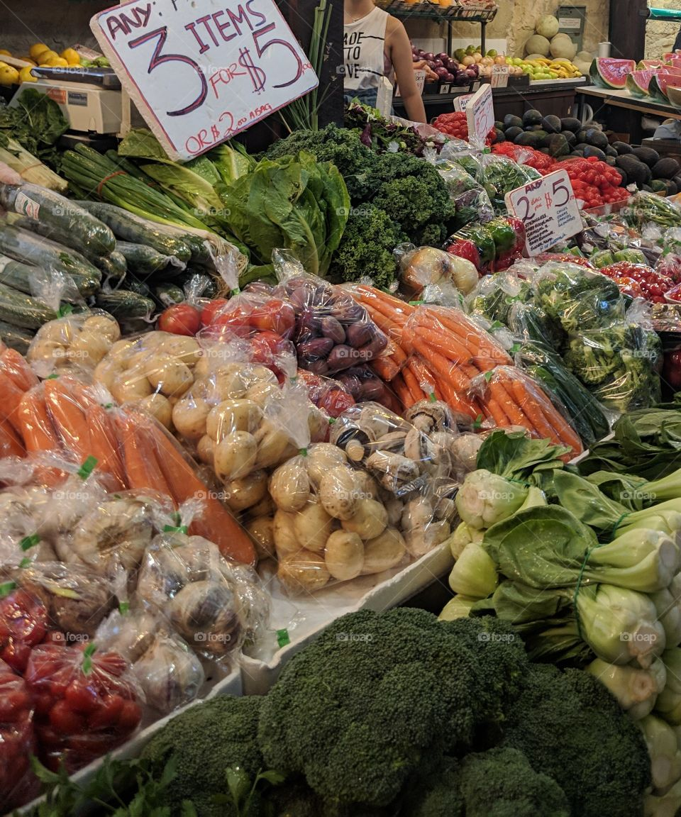 bright, fresh vegetables had a beautiful market