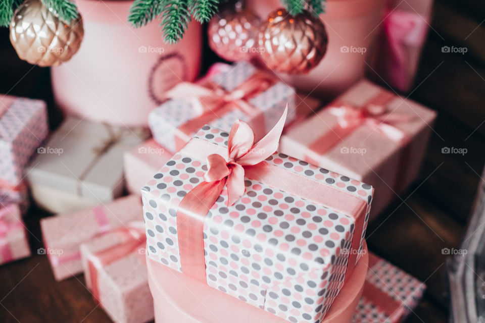 beautiful wrapped christmas presents