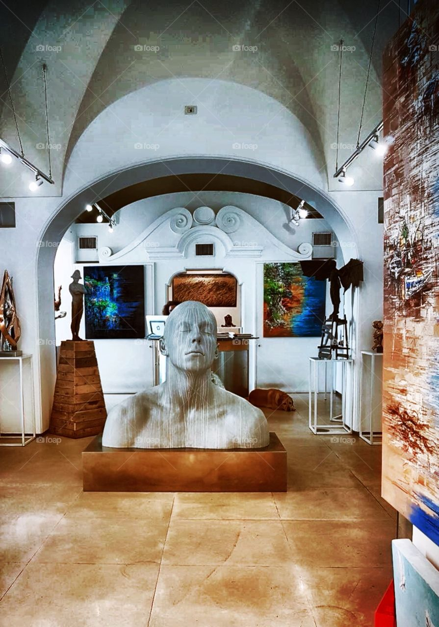 art gallery in Italy