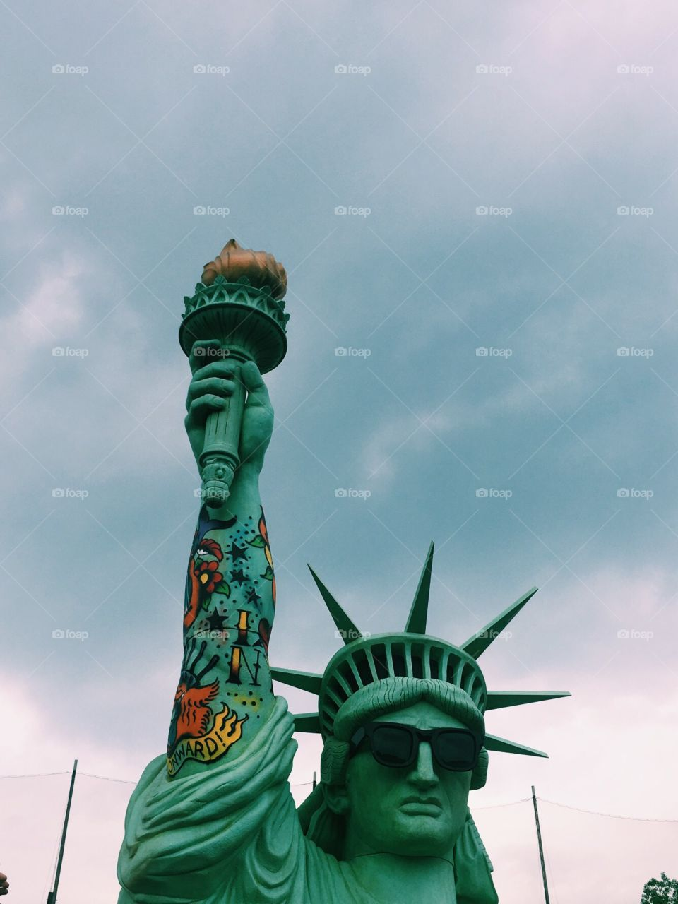 Statue liberty hardcore