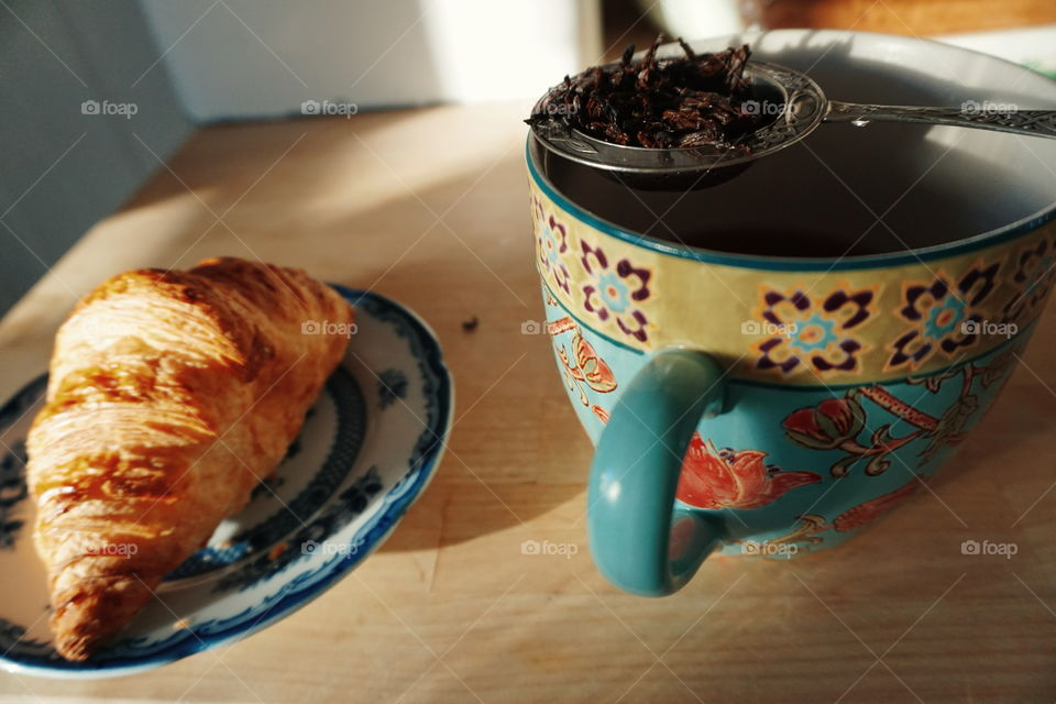 morning tea-morning and croissant
