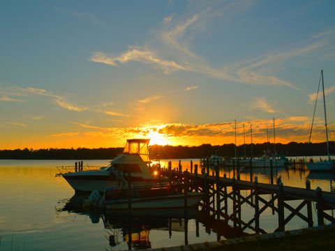 Dockside Glamour Shot! This delightful sunset captivates the emotions of all viewers! Spectacular!