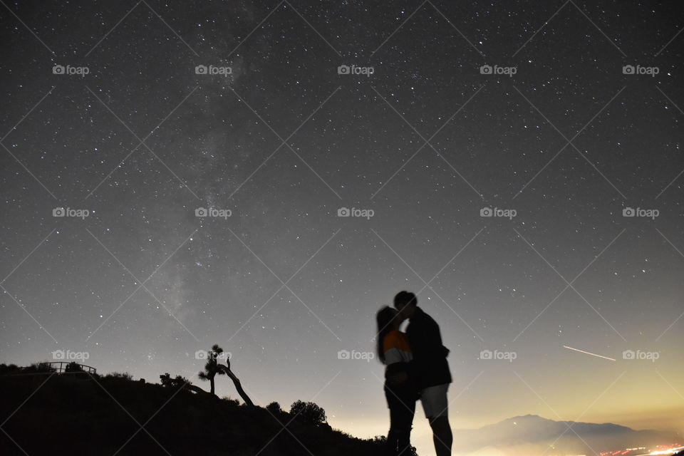 See the stars in the sky, stargazing time