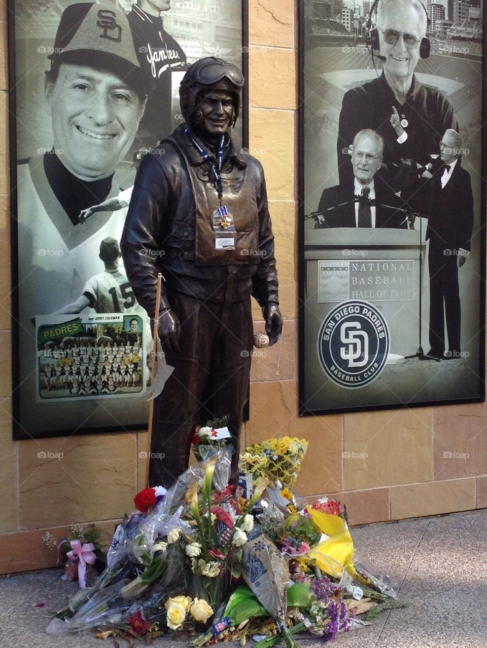 Jerry Coleman statue and memorial