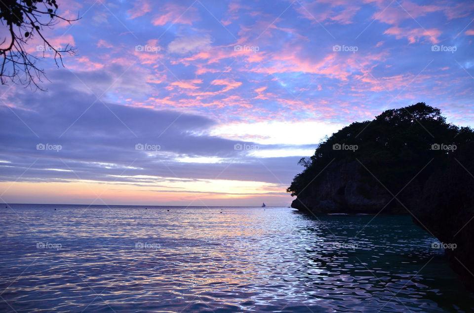 ocean sunset scenery boracay by hunter_dude99