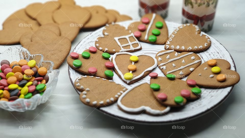 Gingerbread with colorful chocolate candy