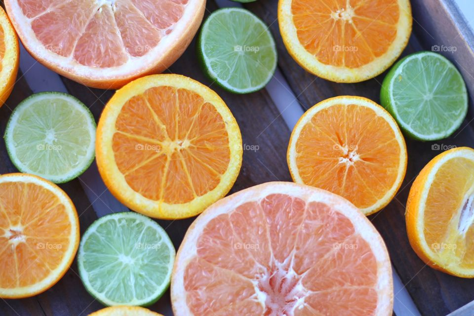 Variety of citrus fruits in box