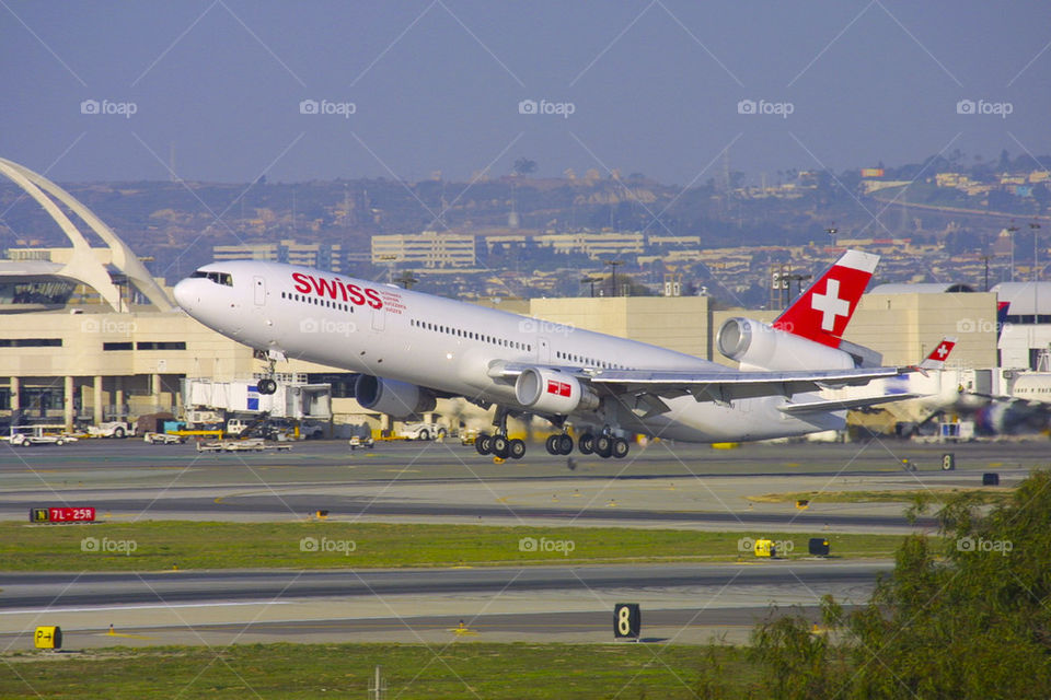 SWISS INTERNATIONAL AIRLINES LX MD-11 LAX LOS ANGELES CALIFORNIA