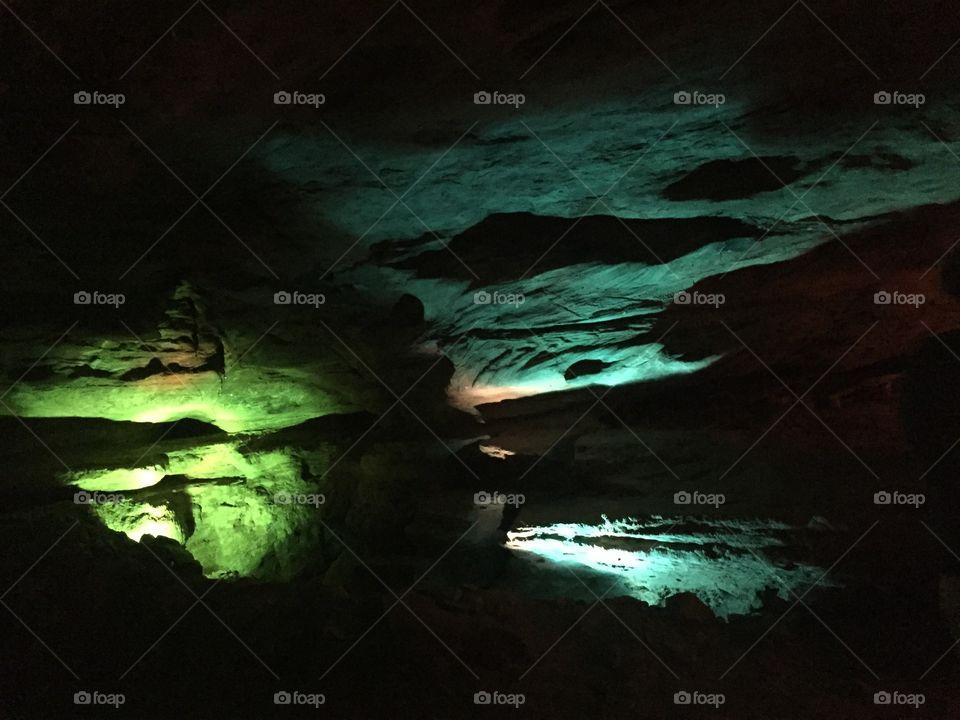 Caves. Laurel Caves