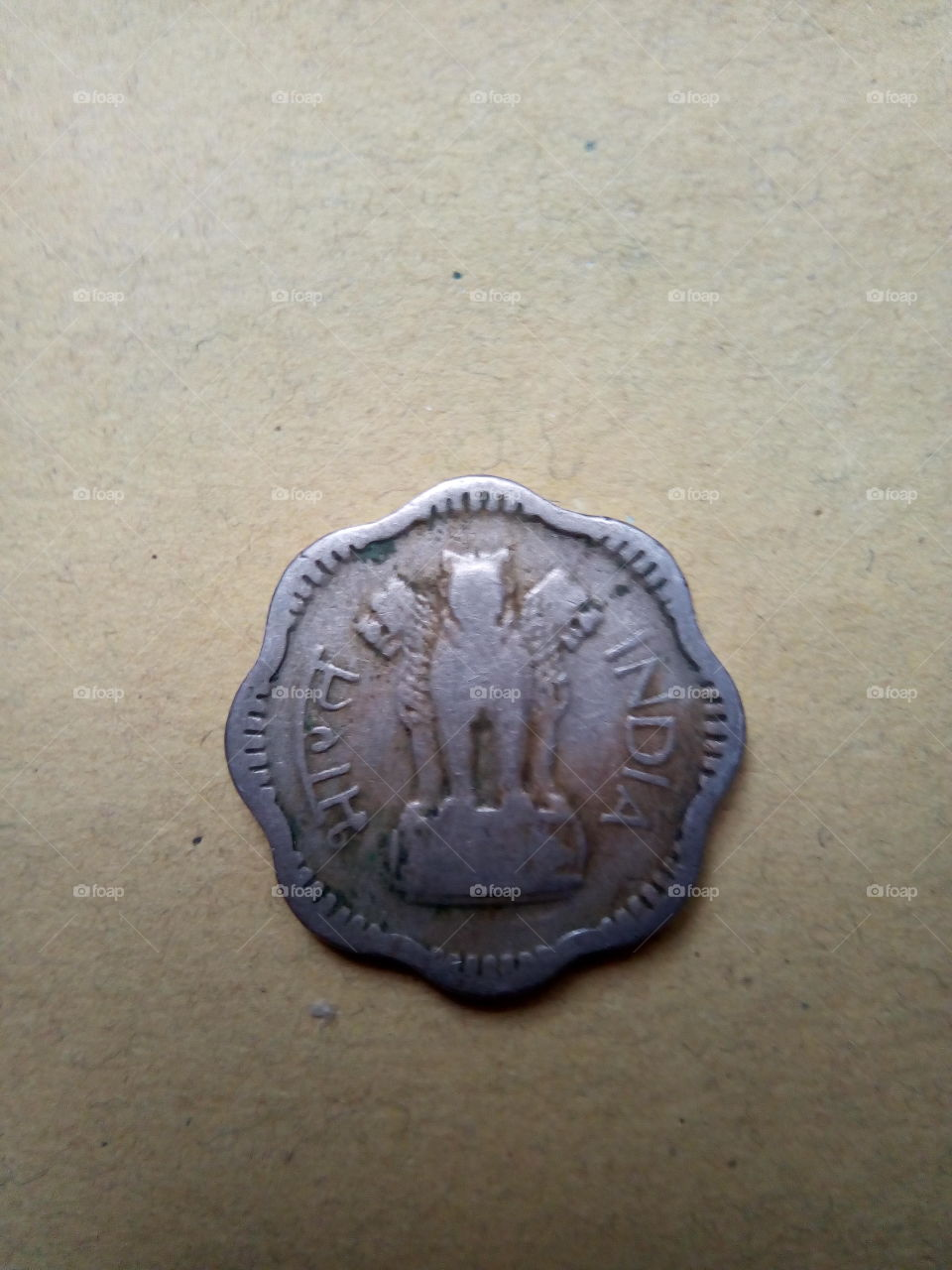 Old Indian 10 Pesa (1/10 of one Rupee) of 1957.