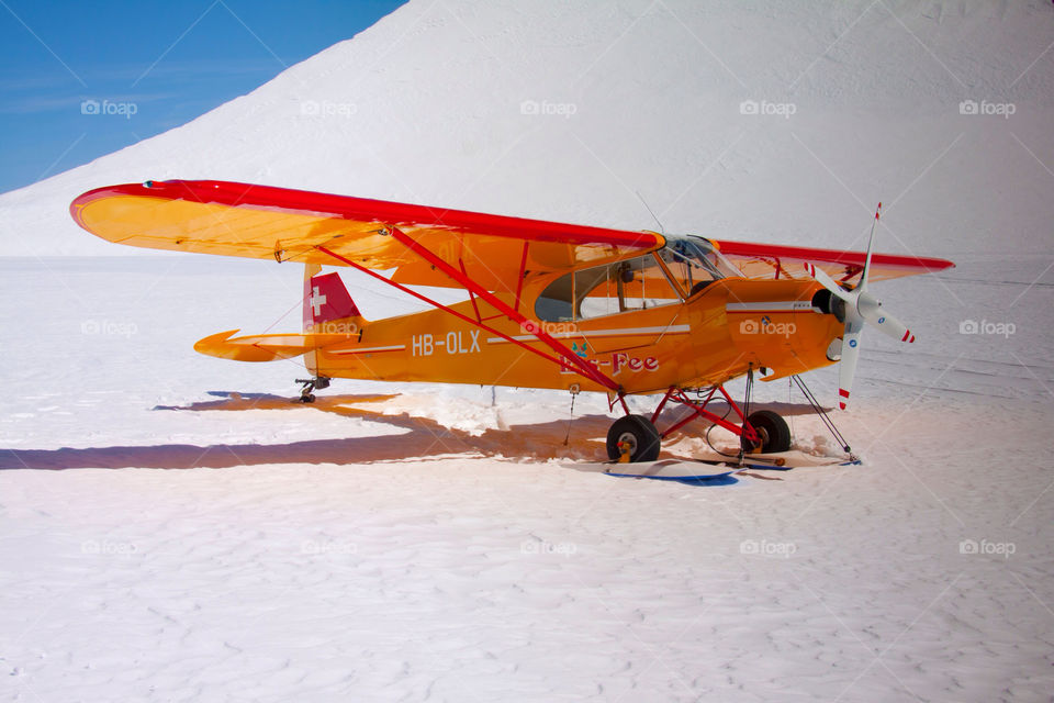 snow travel airplane aircraft by cmosphotos