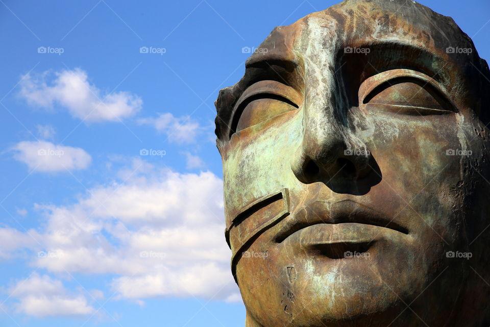 Tindaro mitoraj bronze face in pompei set