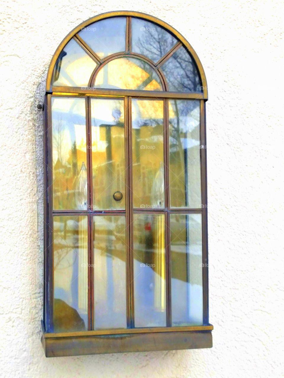 Gaslight Reflection