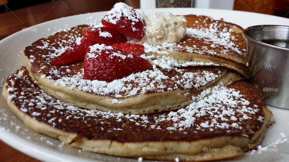 egg nog custard pancakes