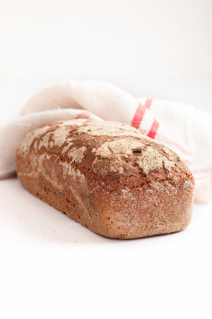 bread fresh bake fullkorn by multiart