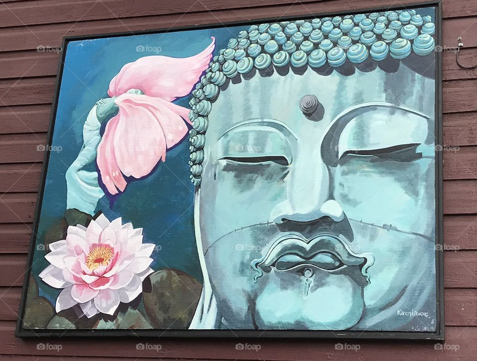A gorgeous piece of artwork on the outside of one of the buildings in Cumberland, British Columbia